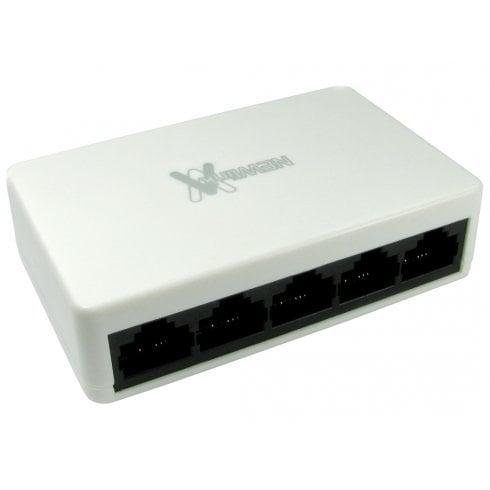 NEWlink 10/100 Ethernet Hub/Switch (White)